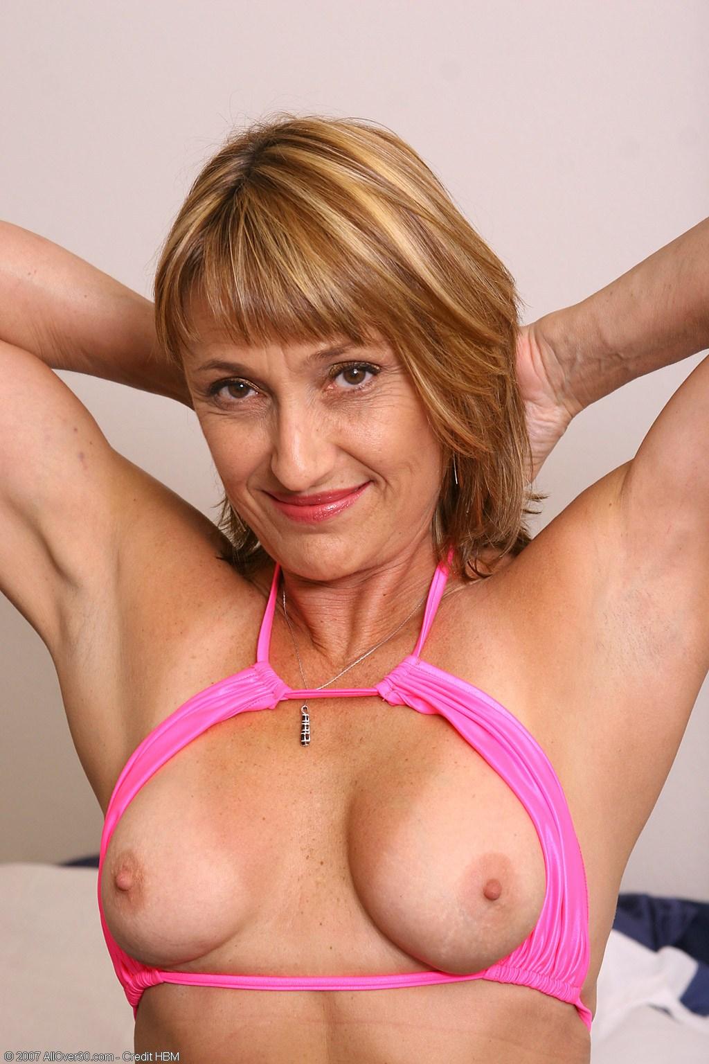 Jillian Hussy Milf 36