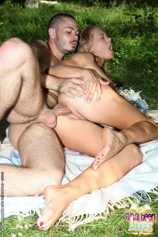 русское ххх фото секс с женой на пик нике