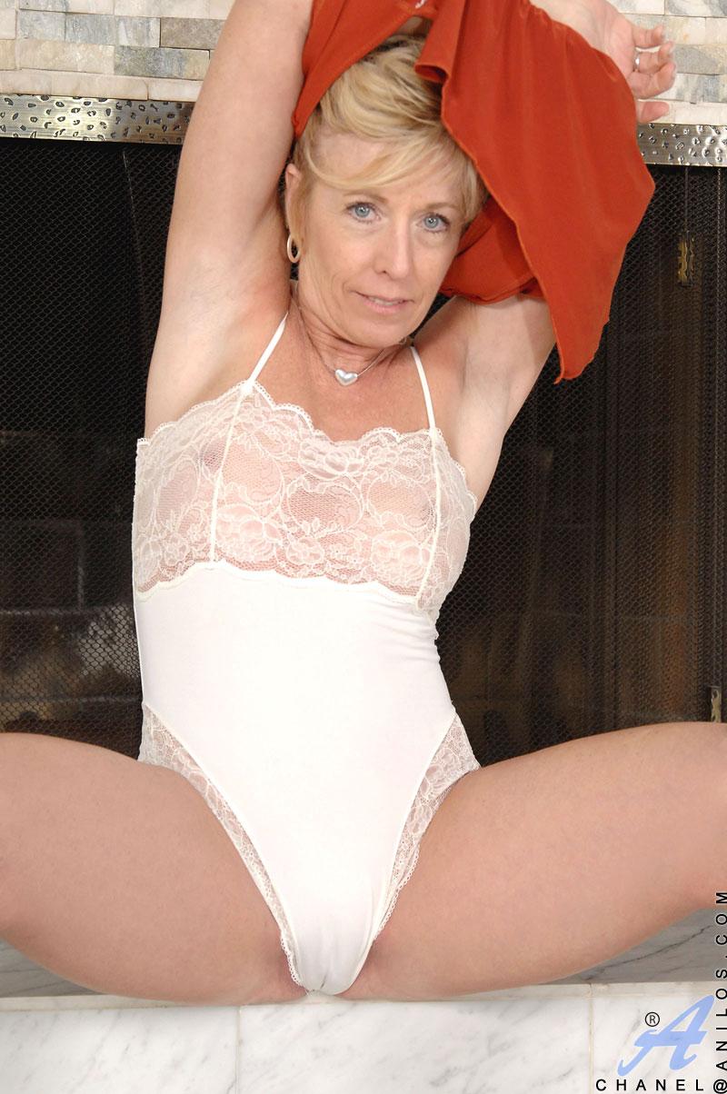 Шанель каррера порно фото 17 фотография