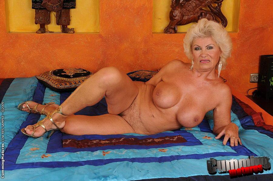 Фото голых сексуальных старушек 78458 фотография
