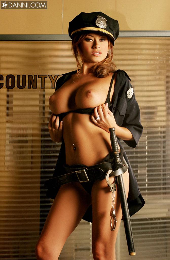фото голой полицейской