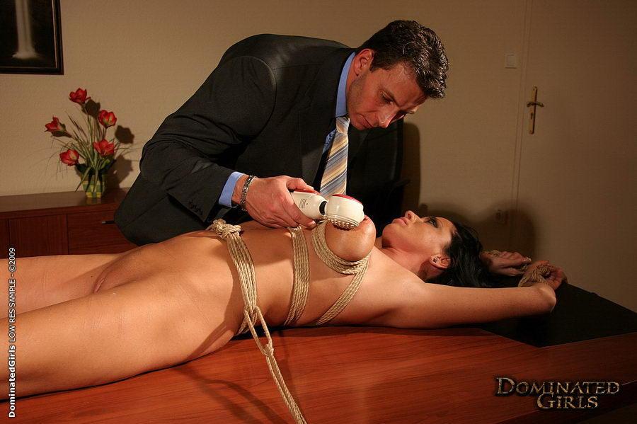 порно фото связанные секретарши