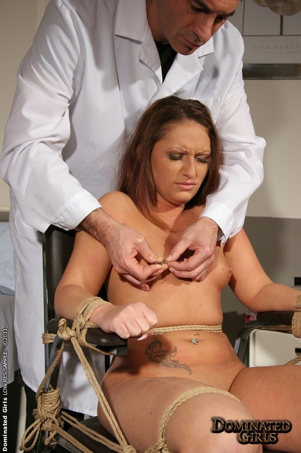 девушка у врача порно фото