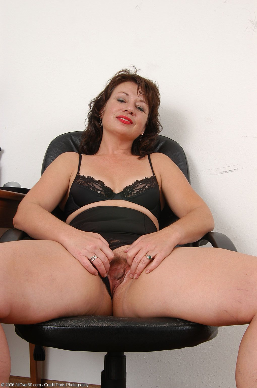Смотреть секс зрелые секретарши 8 фотография