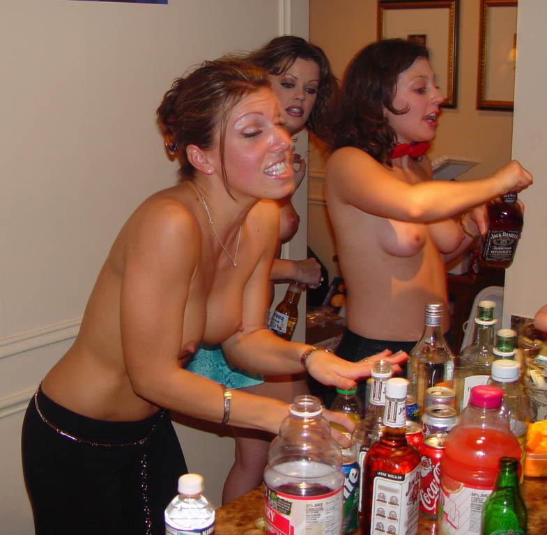 Фото очень пьяных голых баб 60259 фотография