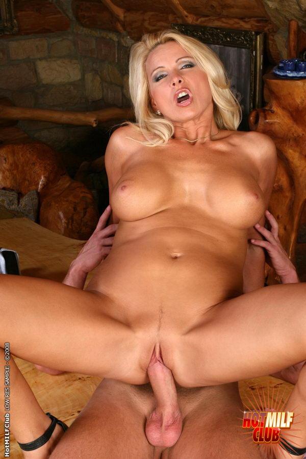 Порно фото секса с женщинами в возрасте.