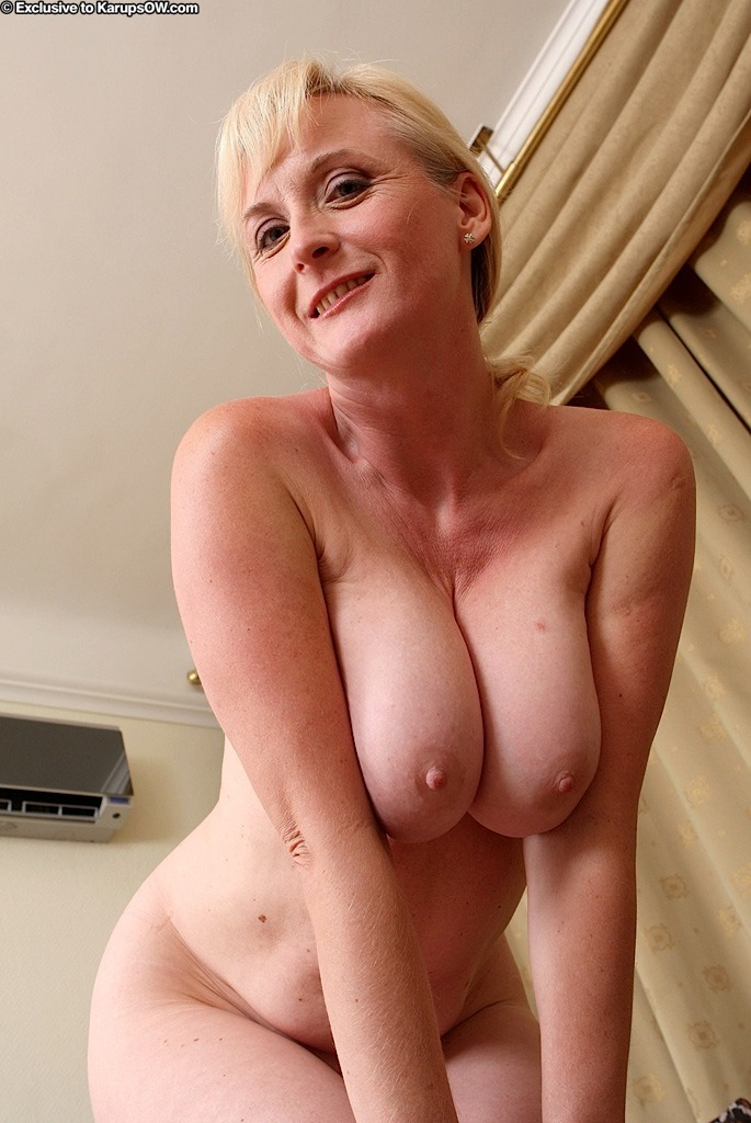 Good Enza karups older women of milf consider