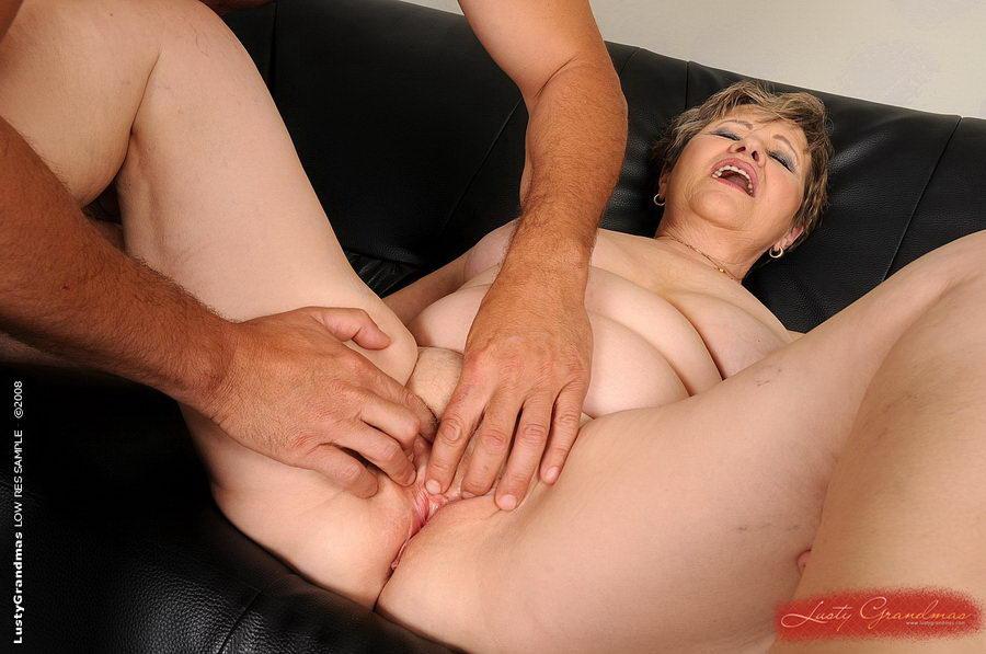 erotika-zrelie-siski