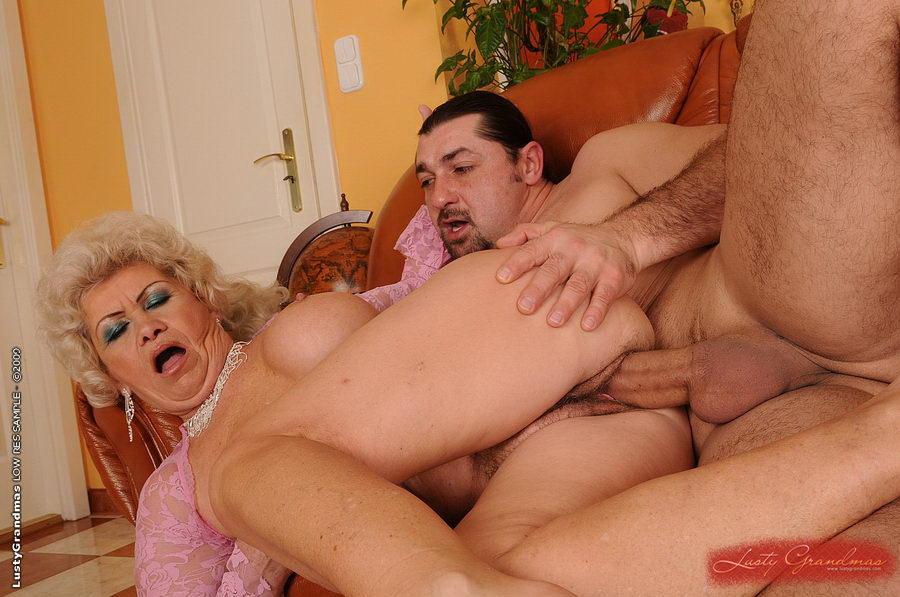 Порно фото старухи вк