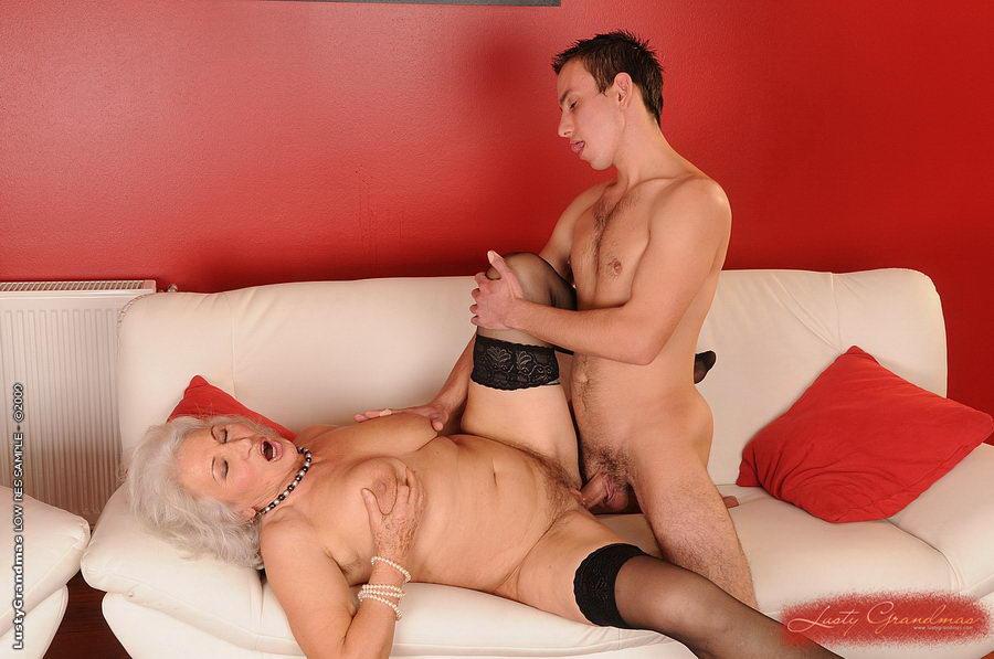 Порно дикая старушки