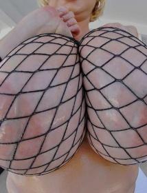 Miami Titty Licks 107