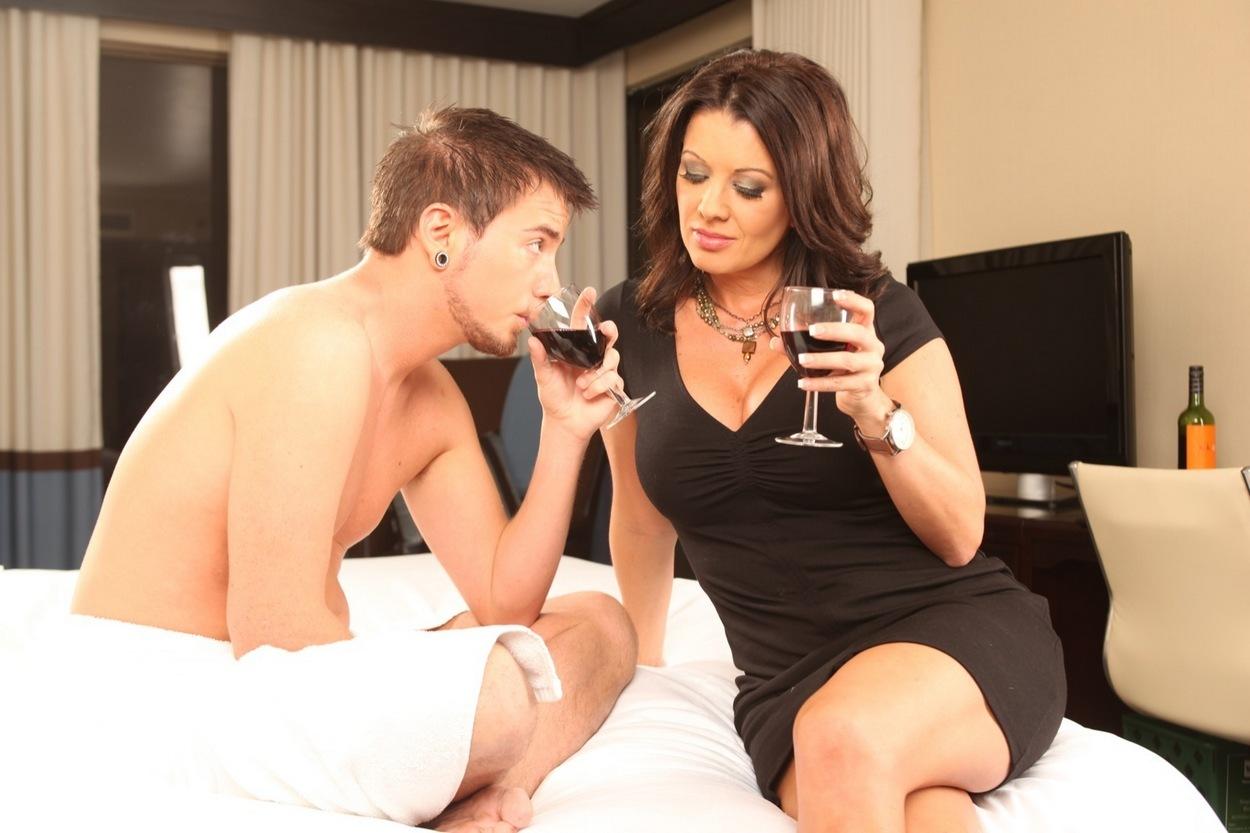flirt dating site escort brønderslev cougar dating app