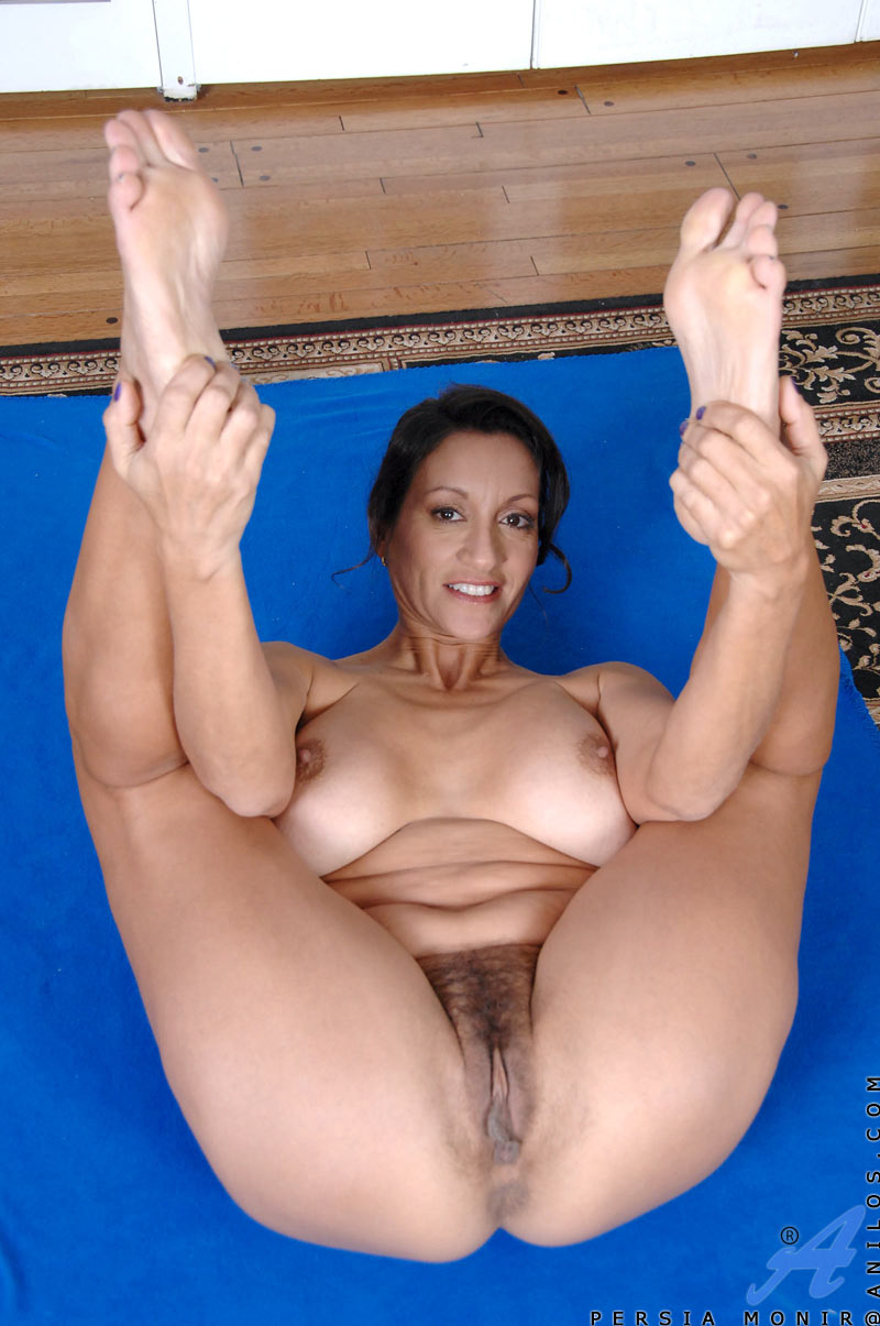 Upskirt nude pics movies of persia white porn videos