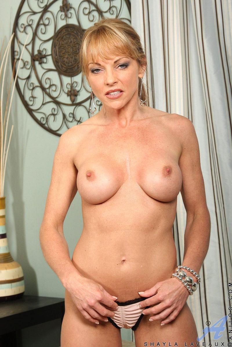 Shayla laveaux milf porn pics