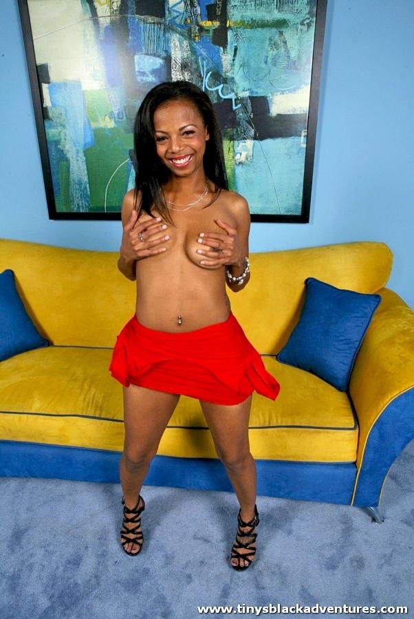 Junior miss nudist pageant france