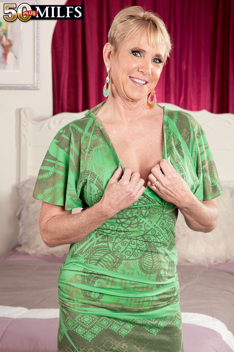 Linda brown nude gif