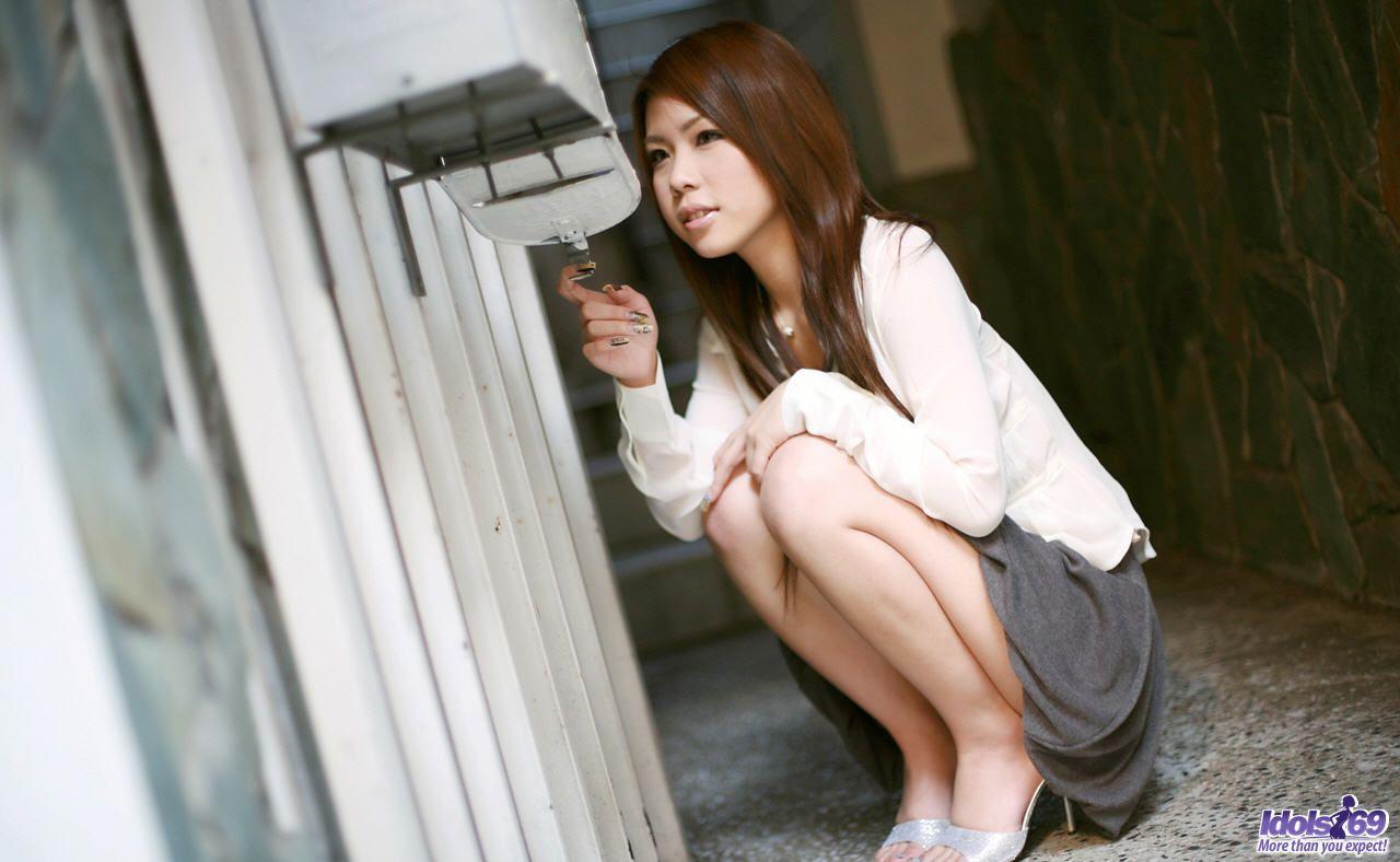 Amber rain oldvsyoung