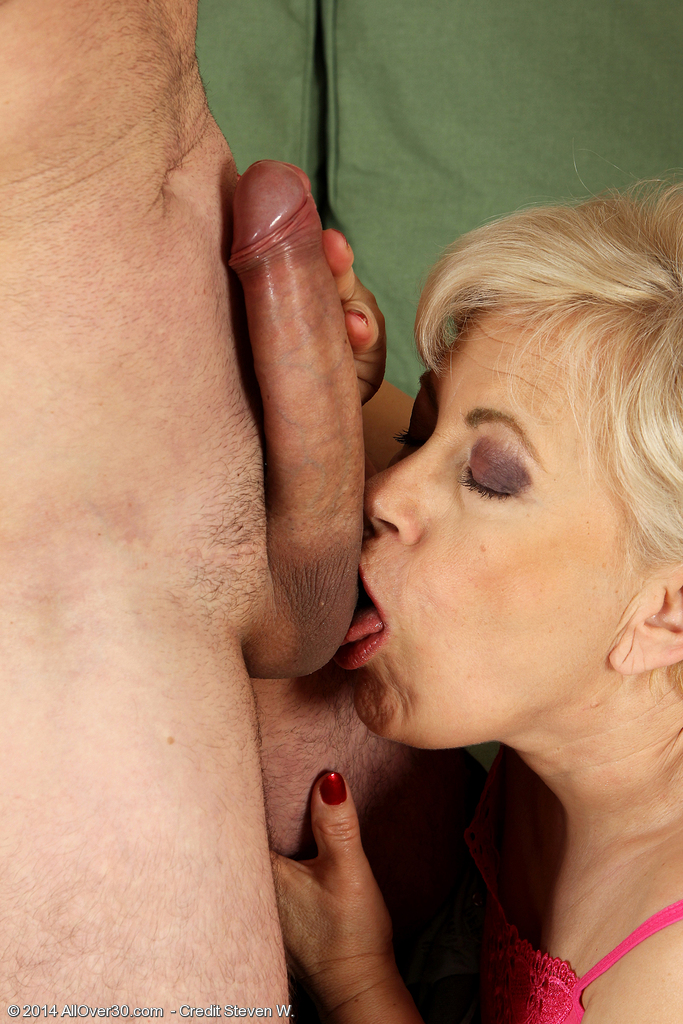 Old guy balls licking porn jason leigh fast