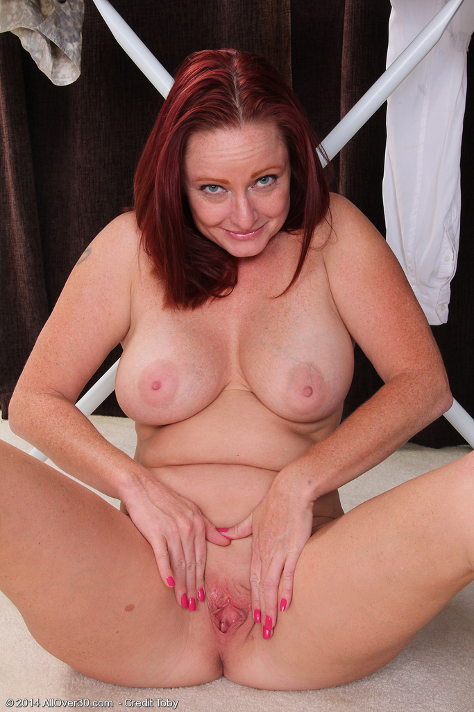 Nackt Shelly Jones  Shelly Porno