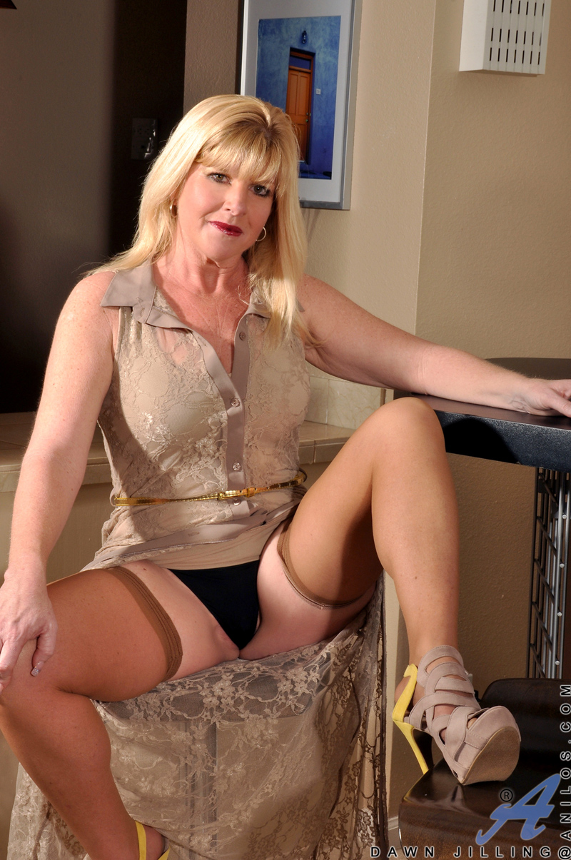 Tumblr upskirt cougar your place