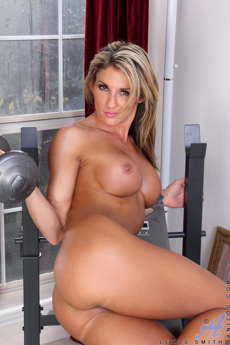 Hot naked milf babes
