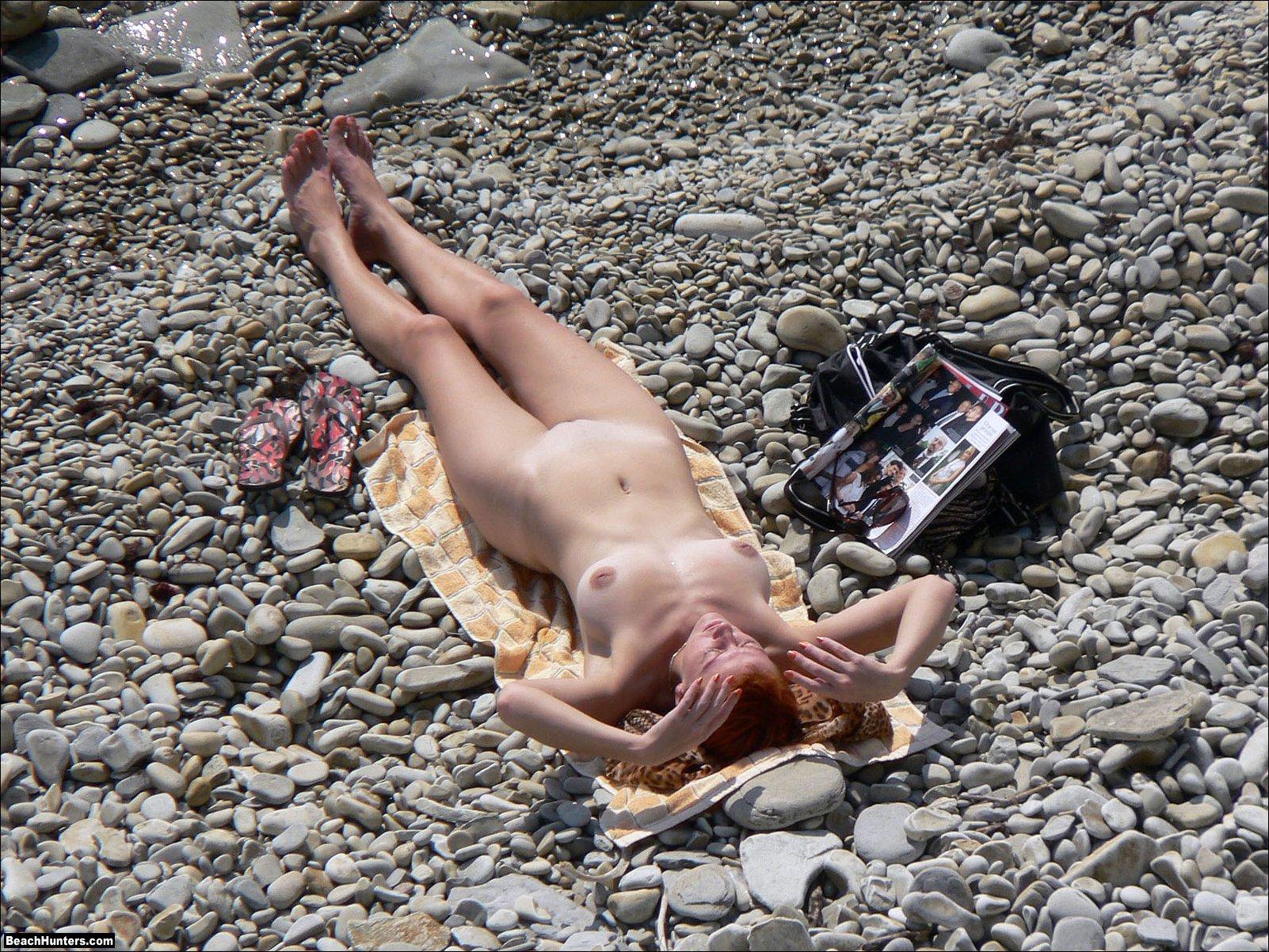 Sexy bikini girl masturbate gif