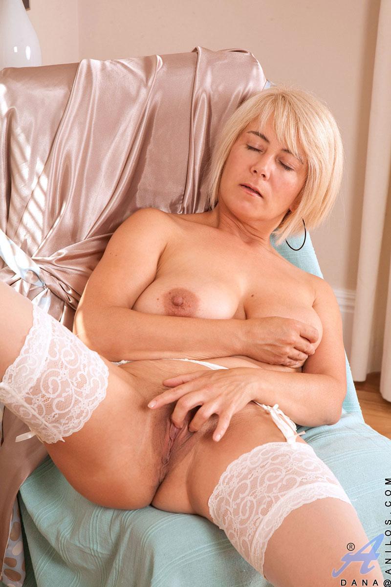 Dana mature porn