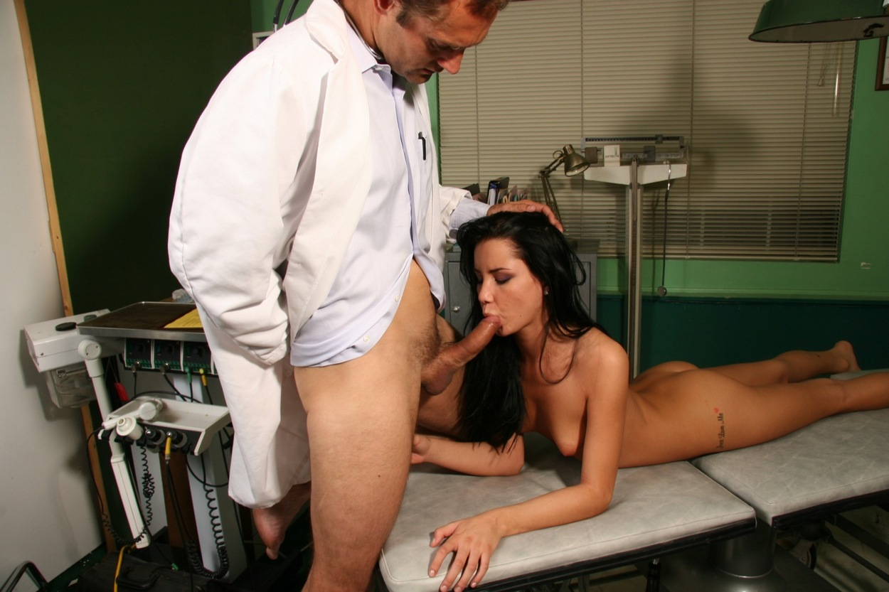 doctor-with-girl-sex-pic