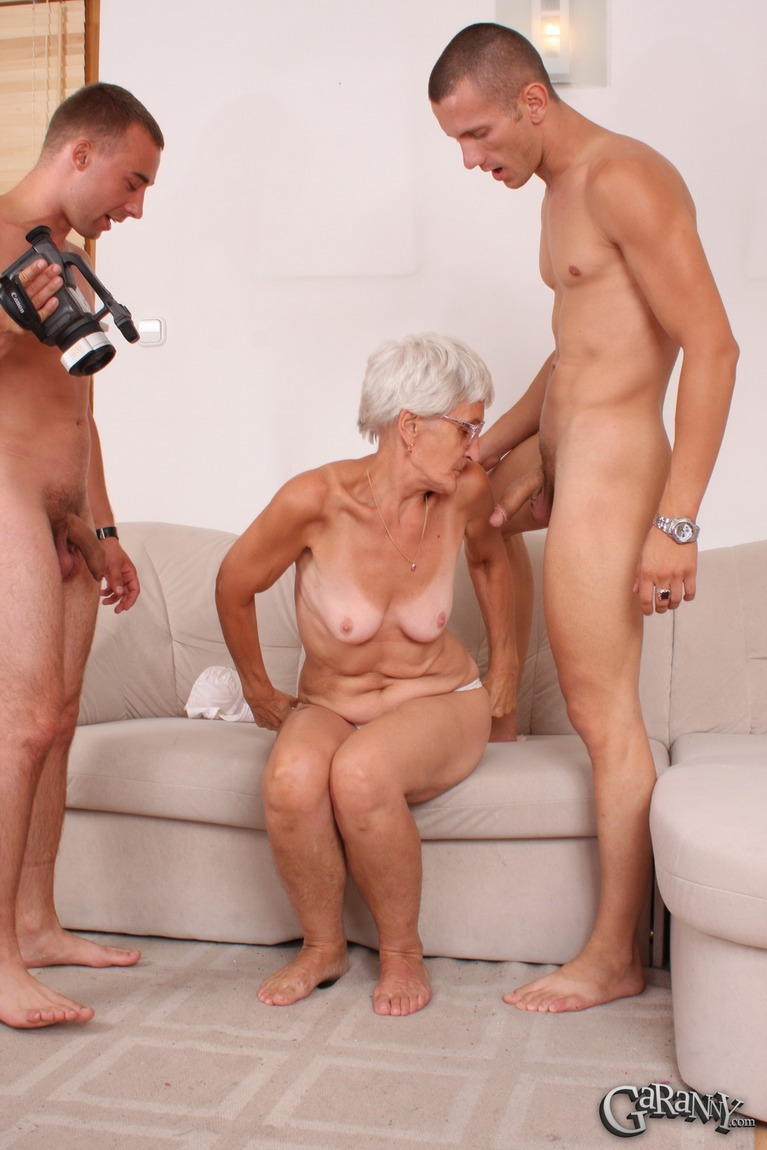 free-porn-older-women-young-men-turky-sexi-fuck