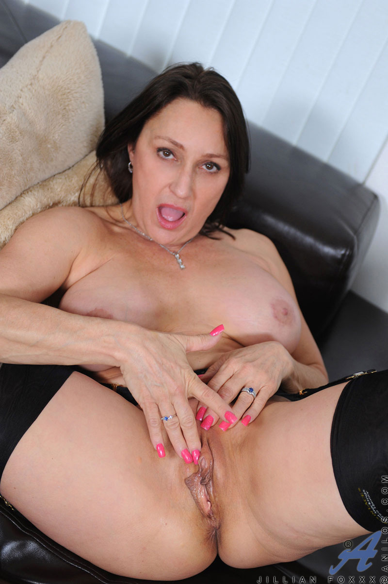 Question Jillian foxxx mature anal tube can not