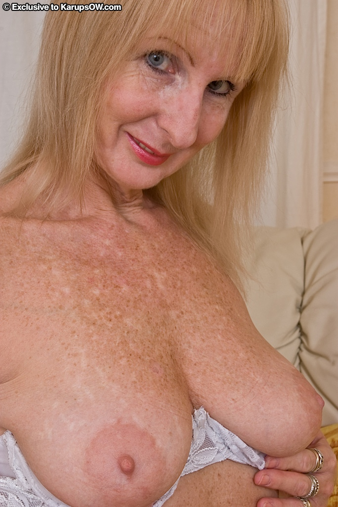 Blond milf pussy cocks better be black