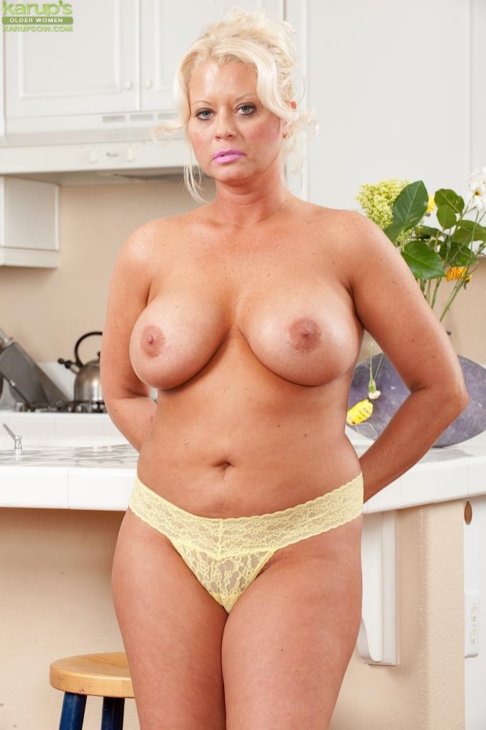 Voluptuous naked older women