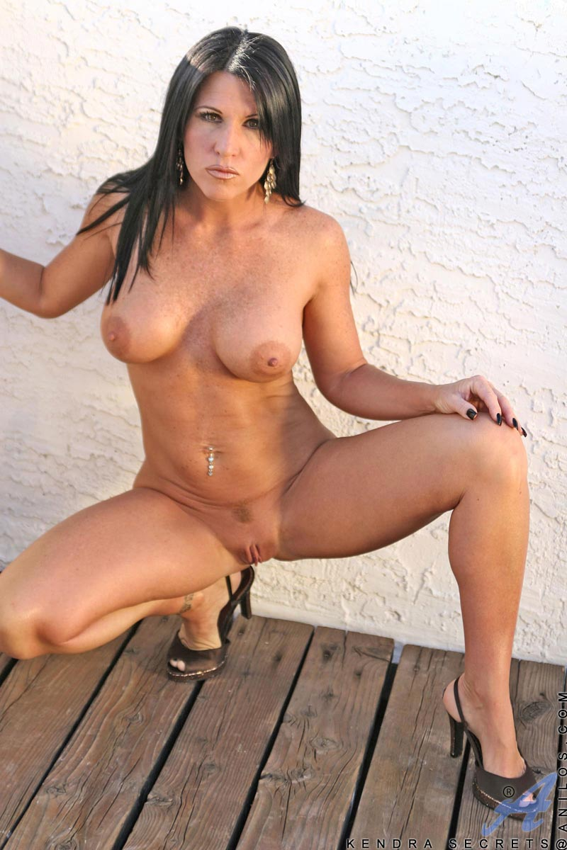 Sexy mature with excellent form 2 - 1 part 1