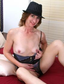 Kimberly Thumbnail 4