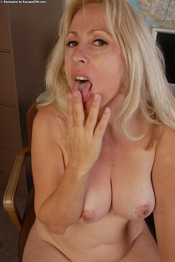 Big naked women photos-8720