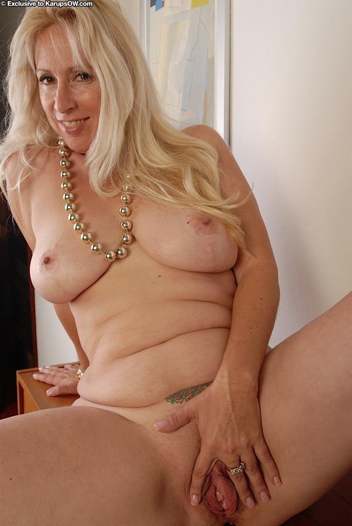 Big women threesomes