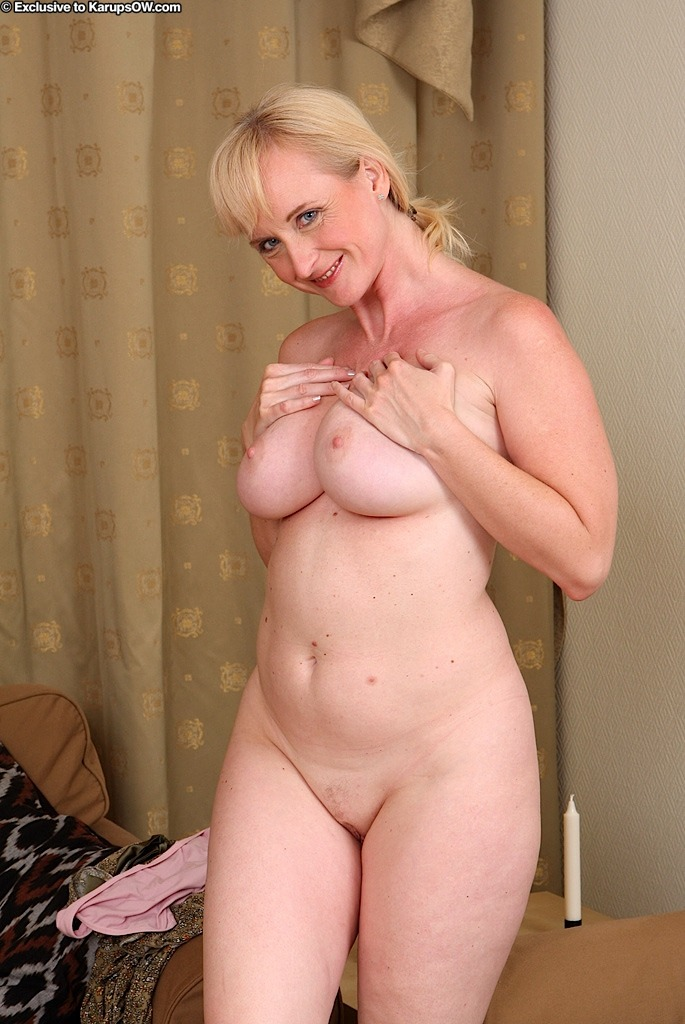 Sexy mature women with big tits