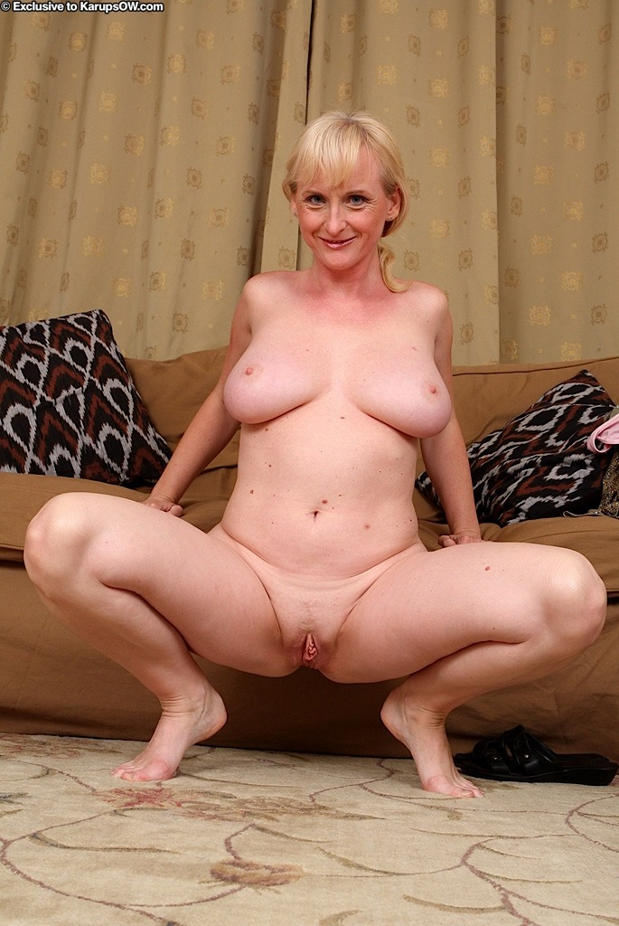 Monik - Big Breasts Mature-7025