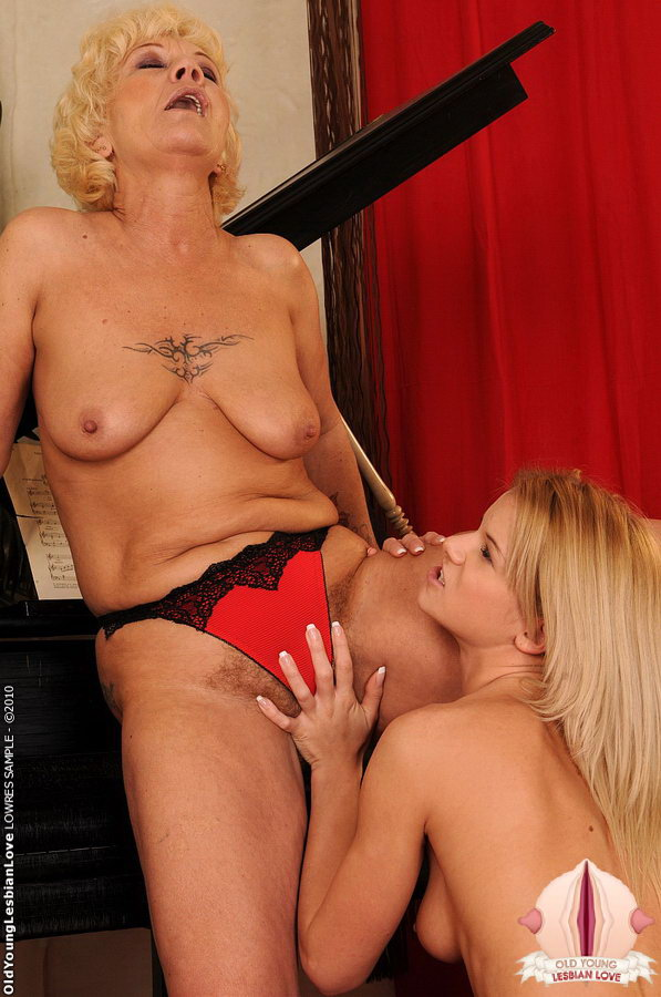 Young mature lesbian vids have