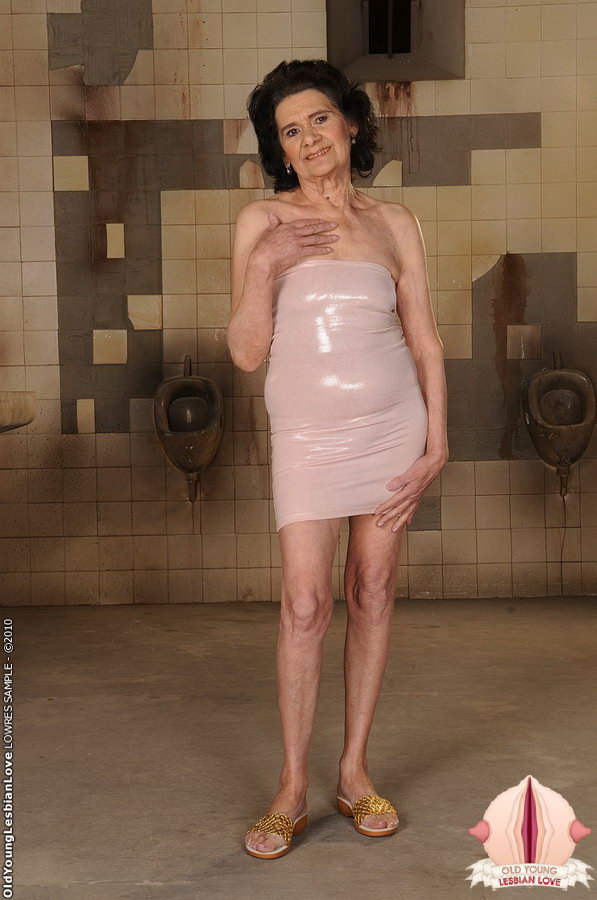 Lesbian naked nude mature women