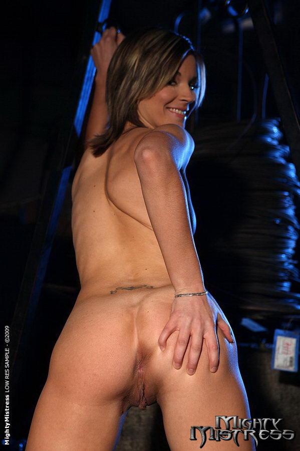 Lesbo hardcore Bondage