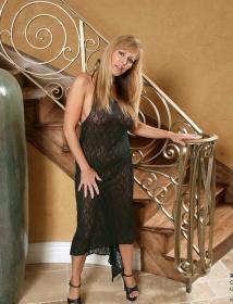 Nicole Moore Thumbnail 2