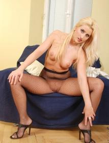 Nicoletta Thumbnail 7