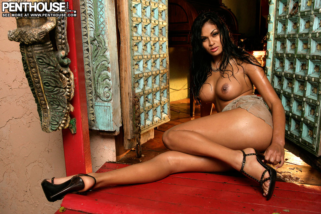 makalia-reyes-naked-nude-video-movies