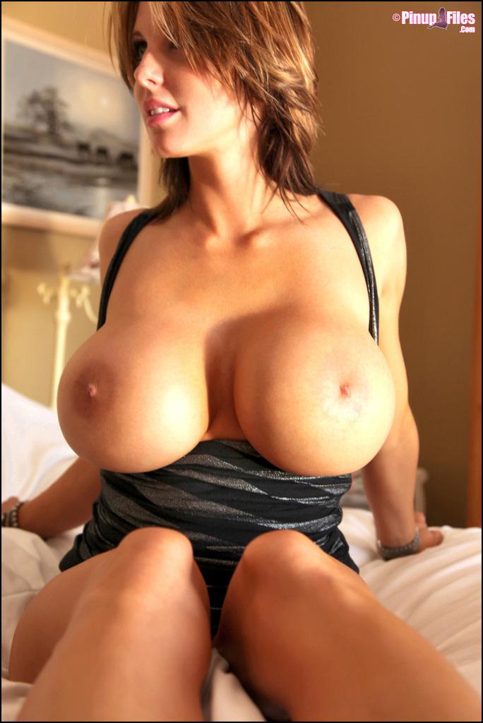 Brandy Robbins Big Tits Bouncing - Brandy Robbins