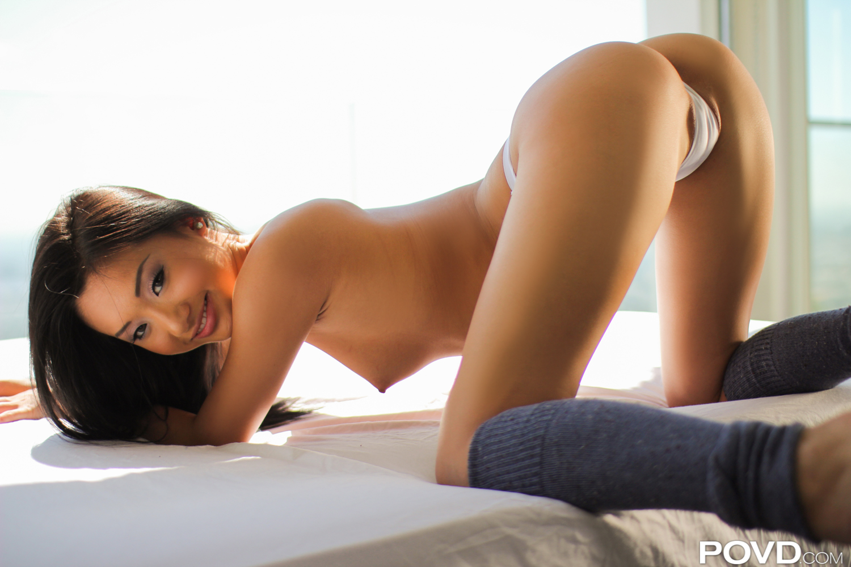 amy brenneman nude pics