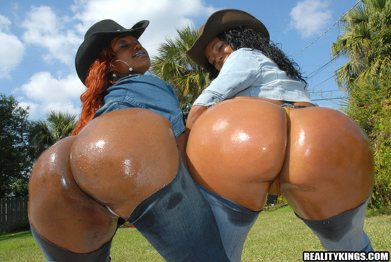 Big Black Oiled Ass Riding
