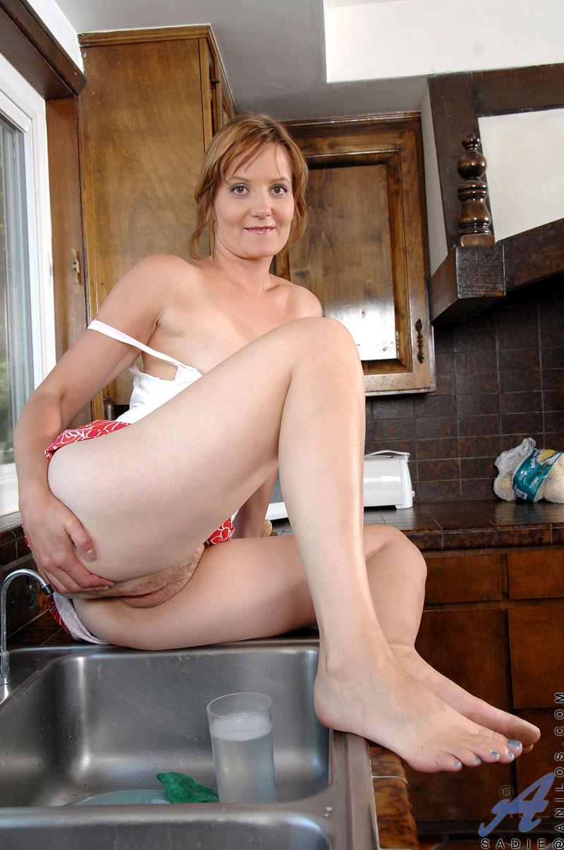 Mature masturbating in pantys voyeur 2 clips 6
