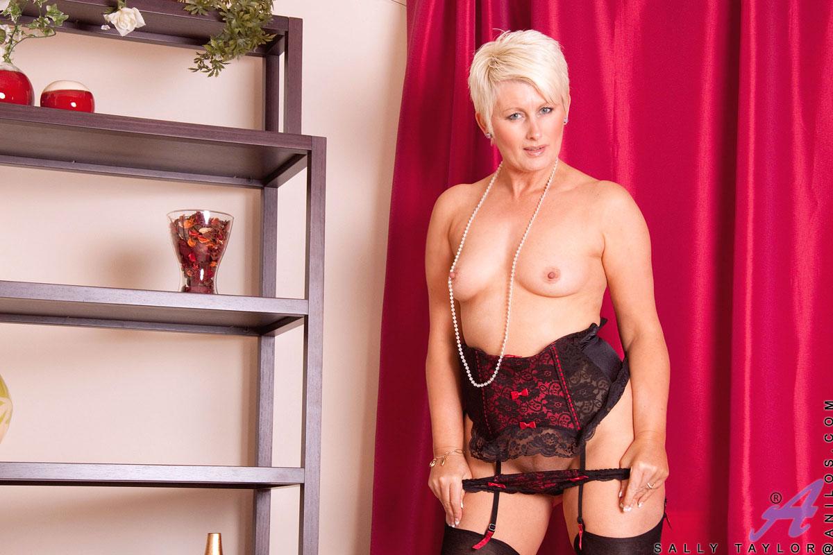 Sally taylor nude