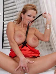 Sharon Pink Thumbnail 9